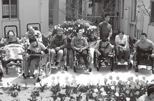 ゆたか福祉会の身体障害者療護施設 「グループハウスなぐら」にて