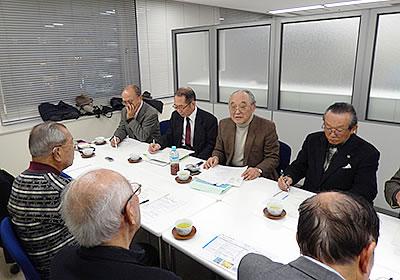 87年の人生を振り返り、未来への想いも熱く語る浅海氏(奥左から3人目)
