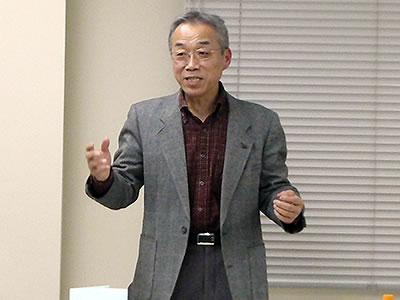 「謙虚に学ぶ」大切さを語る伊藤氏