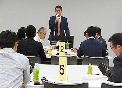 「共に育つ」経営者の姿勢を語る水戸氏